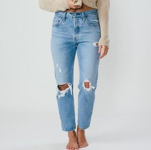 "New LEVI""S Wedgie Straight Jeans"